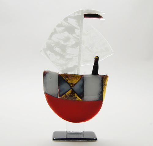 White and red hand painted ship - Voilier H.30cm